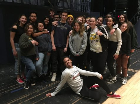 """The cast of """"Addams Family"""" still in high spirits after receiving the news of their postponement. Their rehearsals will continue until the performances arrive"""